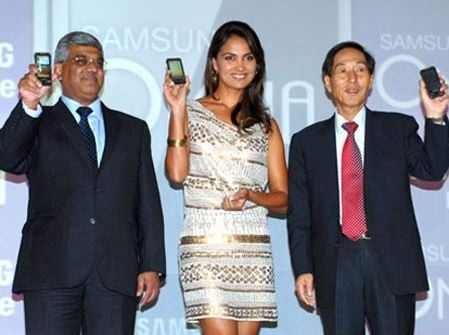 Samsung galaxy, apple iPhone, nokia, blackberry, mobile phones