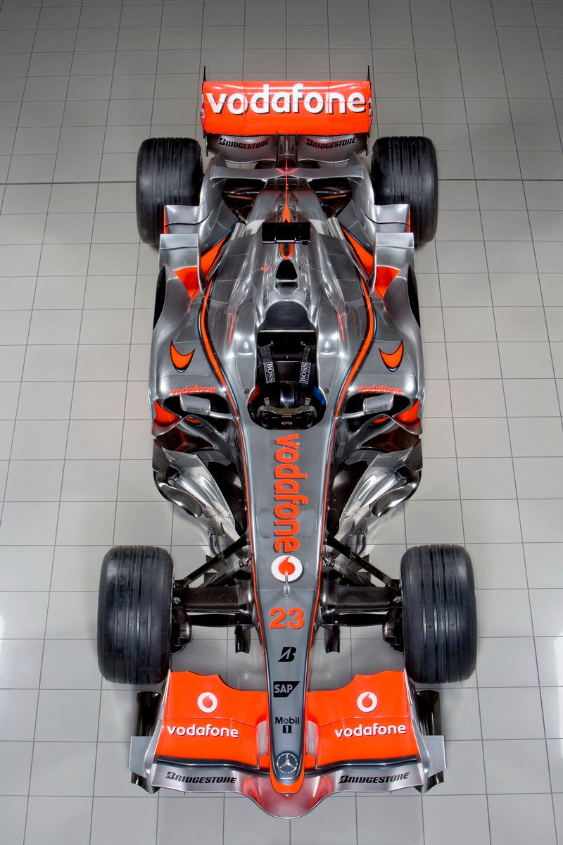 Vodafone McLaren Mercedes F1 zooms in to Bhopal