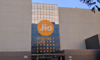 Reliance Jio pips Airtel, Voda, Idea to become leading wireless broadband player in India